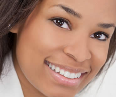 Shine For Your Special Occasion by Whitening Your Teeth